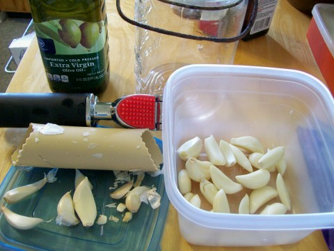 Starting Garlic Oil (for salad dressings) peeling the garlics